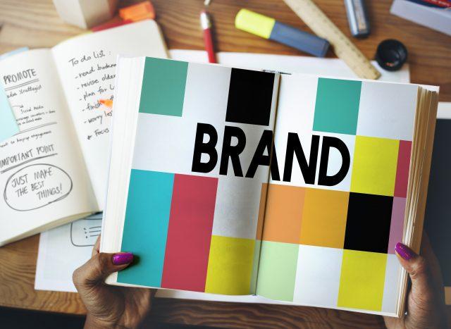 Logók és színek a márkázásban